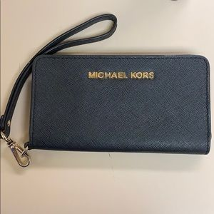 Michael Kors phone wallet